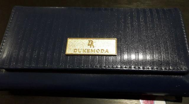 Carteira Azul Royal da Deka, peça em couro, novinha ! Várias divisões 5e3fd55a26