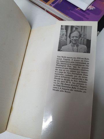 Livro Bauhaus ao nosso caos autor Tom Wolf - Foto 6