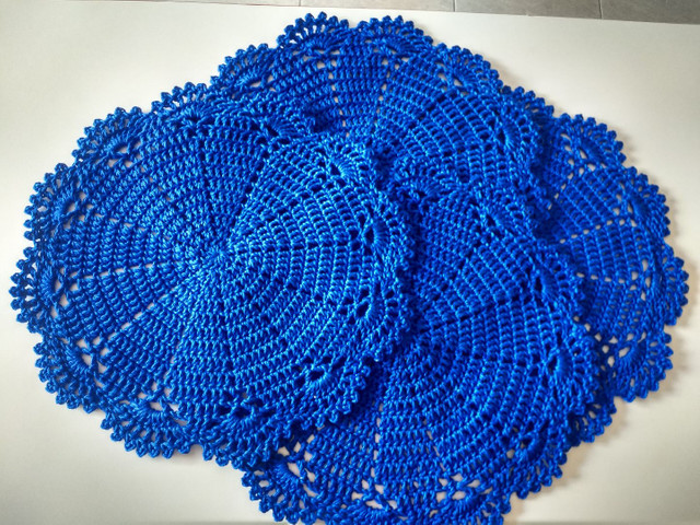Toalhinhas em crochê feito com fio Charme da círculo - Foto 3