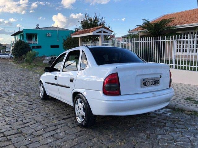 GM/Corsa Sedan1.6 - Foto 2