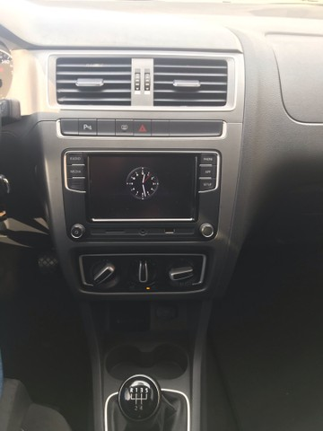 VW Fox Comfortline 1.6 Msi 2018 - Foto 19