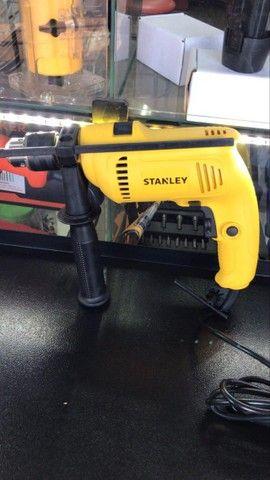 ( novo ) furadeira impacto reversível stanley 1/2'' profissional 600w 220v novo