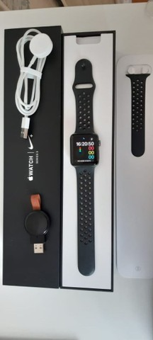 Apple Watch Nike Série 3 42mm