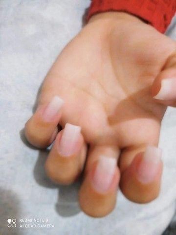 Alongamento de unhas de Fibra e Gel - Foto 4
