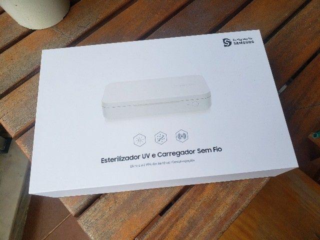 Esterilizador Samsung Uv e Carregador Sem Fio Elimina 99%.