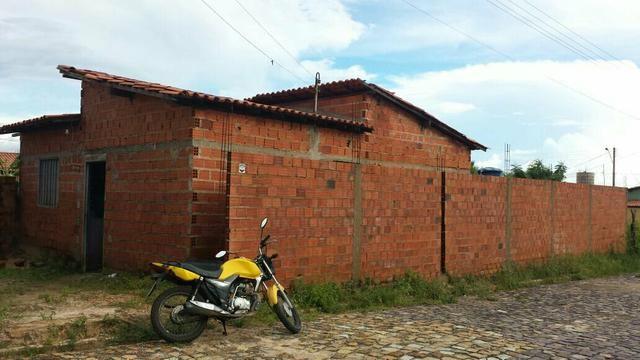 Casa no bairro Leonel Brizola. Monte Verde