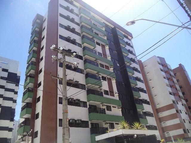 Apartamento semi-mobiliado Ponta verde