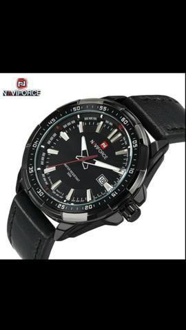 Relóios NaviForce pulseira de couro