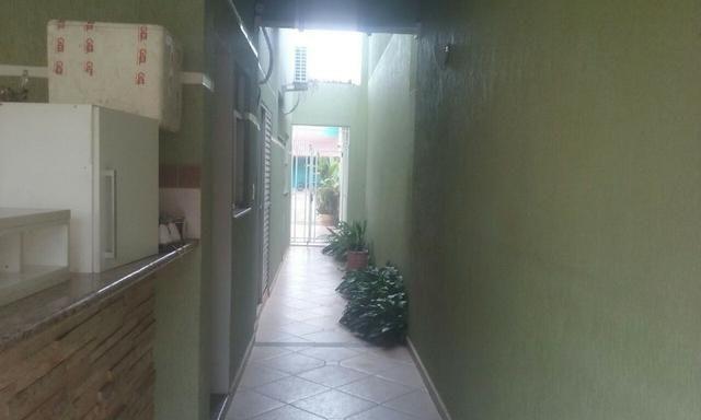 Venda - Excelente Sobrando, com 05 quartos no Cond. Res. Rio de Janeiro II - Foto 10