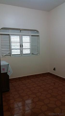 Casa em Cravinhos - Casa com Piscina e 03 dormitórios no Centro de Cravinhos - Foto 7