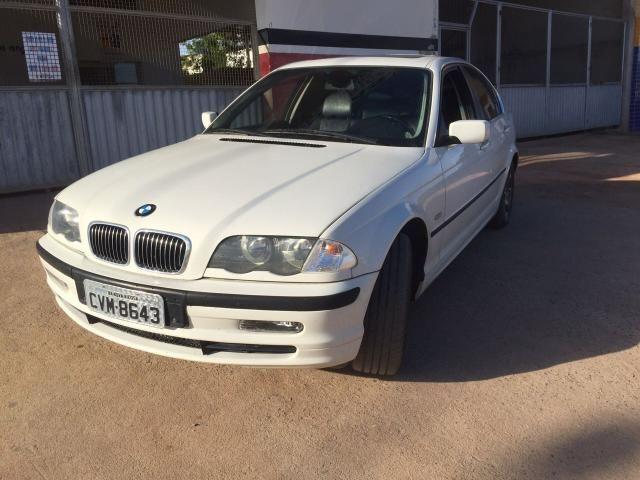 BMW 328i - Foto 3