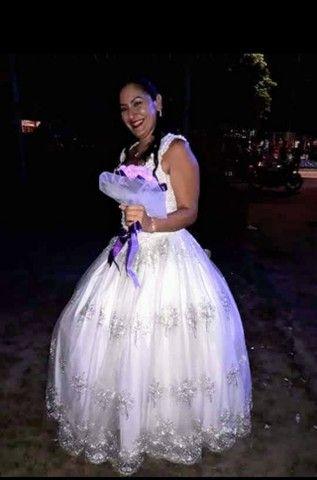 Vestido de noiva - usado apenas uma vez.