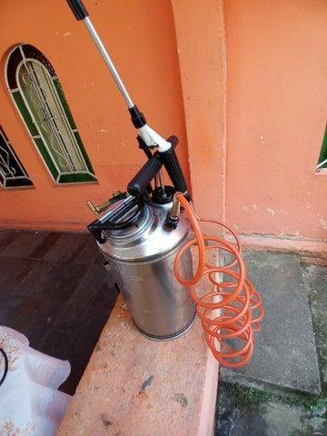 Pulverizador Inox Guarany 8 litros com kit. - Foto 4