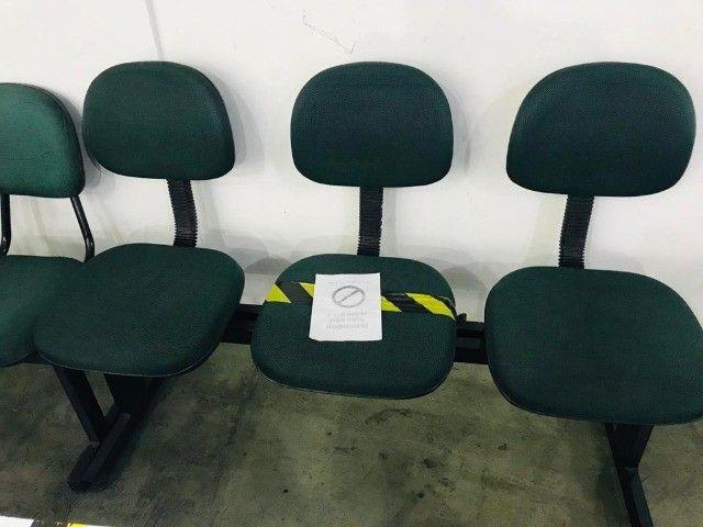 logarina de 3 ou 2 lugares - cadeiras - longarina de escritório - Foto 5