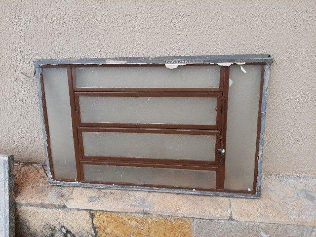 Duas janelas  - Foto 2