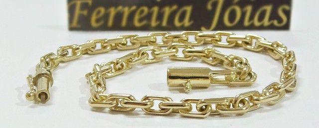 Pulseira elo cartier cadeado grossa em ouro 18k  - Foto 2