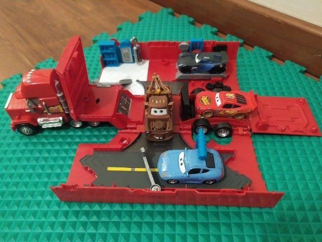 Coleção Carros - Caminhão e Personagens - Foto 3