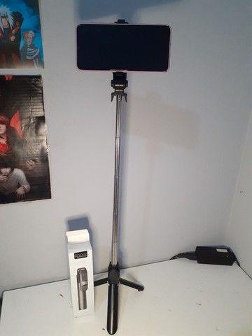 Tripé/pau de selfie bluetooth XT-02 360°