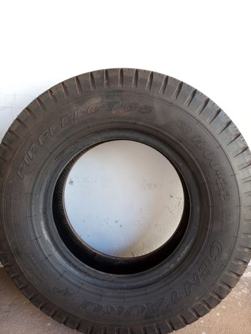 Pneu Pirelli CT 65 1100 com câmara - Foto 2