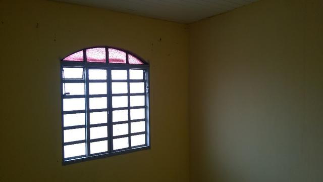 Aluga-se apartamento 2 quarto na Qr 204 Santa Maria
