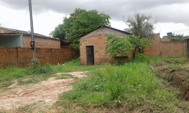 Vendo está casa no bairro lagoinha