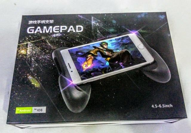 Kit gamer para celular com 1 joystick e um game pad