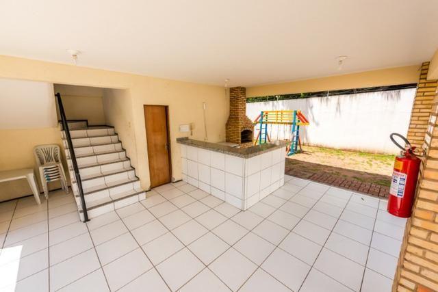 Apartamento no bairro Henrique Jorge com 3 quartos, garagem, playground - Foto 4