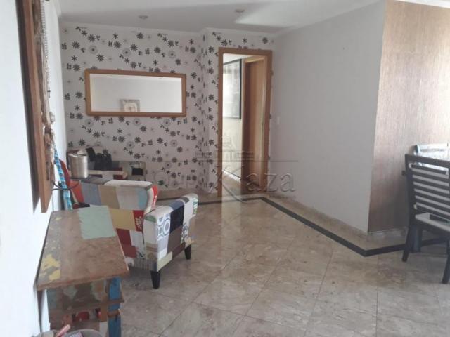 Apartamento à venda com 3 dormitórios cod:V30675LA