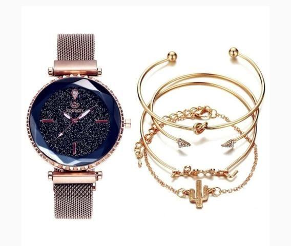 Conjunto de pulseiras + Relógio magnético