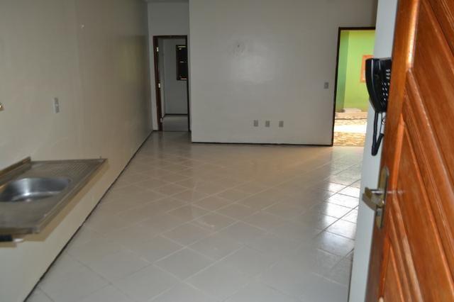 Casa em Condomínio para locação 02 Quartos sendo (01 Suite) no bairro Planalto - Foto 13