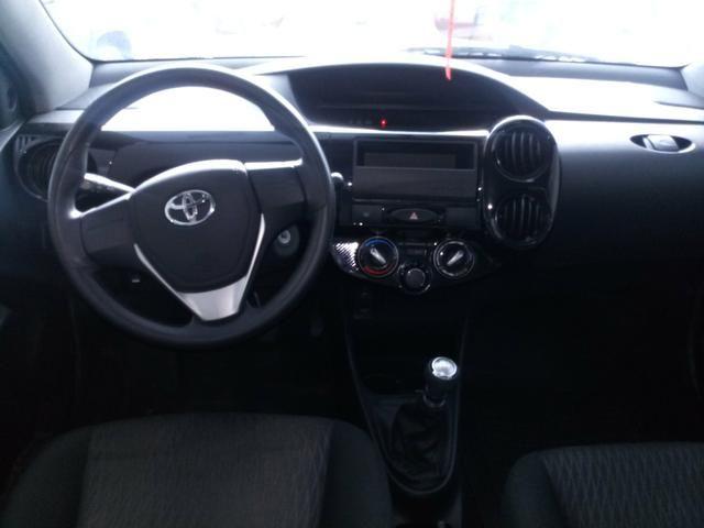 Toyota etios 1.3 17/18 - Foto 4
