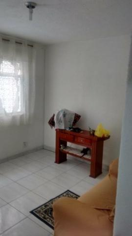 Excelente casa com sala 02 dormitórios condições de ampliar - Foto 3