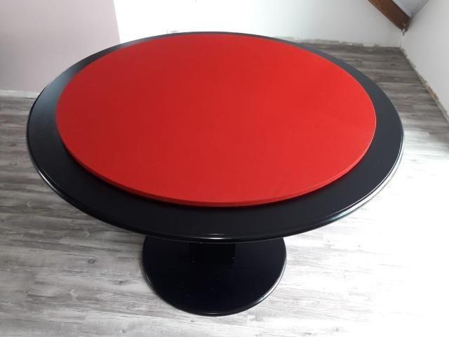 Mesa Carteado Residencial | Mesa Preta | Tecido Vermelho | Modelo: MPXM4388