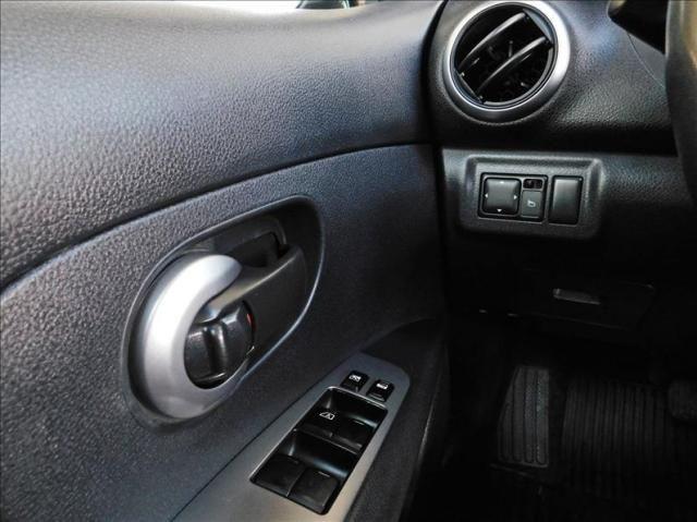 Nissan Livina 1.8 sl 16v - Foto 14