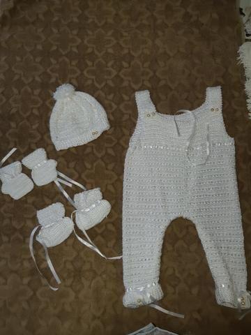 Roupa de bebê de crochê - Foto 2