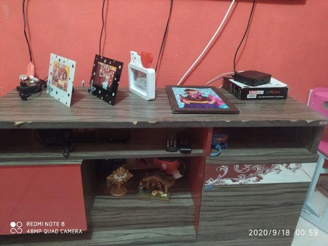 Painel com rack vendo ou troco por estante - Foto 3