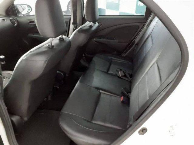 Etios 1.5 Sedan Platinum 8v 2016 - Foto 5