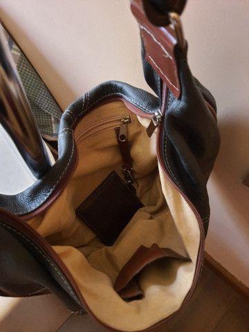 Bolsa de mão forrada - Nobuck - Foto 3