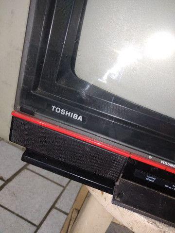 Televisão Antiga Toshiba TS-168 - Foto 2