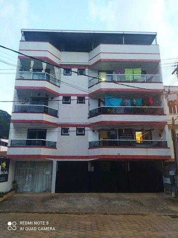 Vendo prédio em Venda Nova