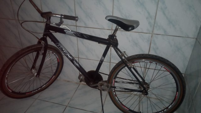 Vendo uma bike aro 26