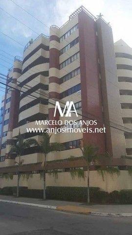 Apartamento à venda no Edifício Copacabana