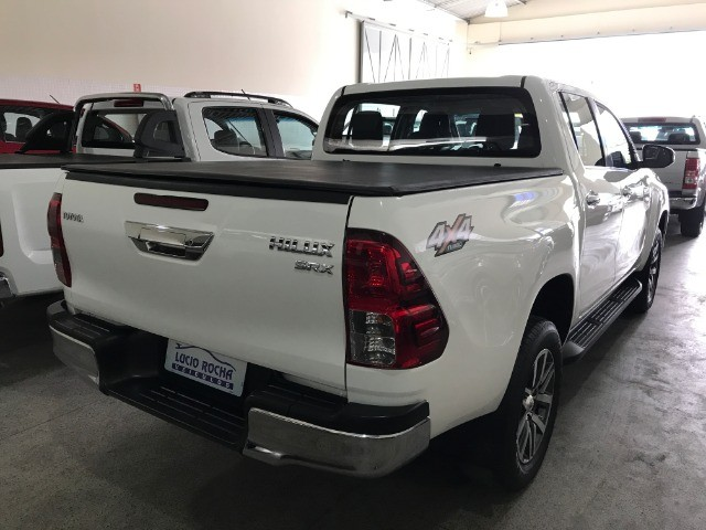Hilux SRX 4x4 Aut. Diesel 2018 - Foto 6