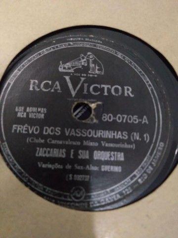 3 álbuns com 32 discos de 72 rotações em Carnaúba - Samba, Bolero, Frevo, Choro e etc.  - Foto 5
