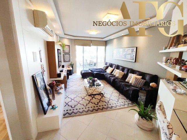 Apartamento à Venda no bairro Balneário em Florianópolis/SC - 3 Dormitórios, 1 Suíte, 2 Ba