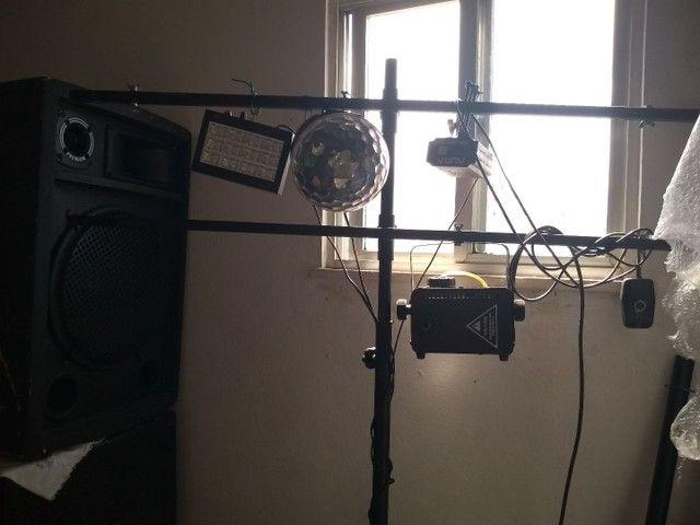 Vendo som e iluminação para barzinhos ou barraca de praia. - Foto 3