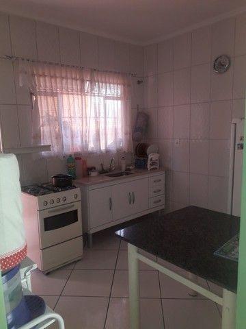 Linda casa 3quatos com 2garagens e quintal em São Lourenço MG - Foto 14