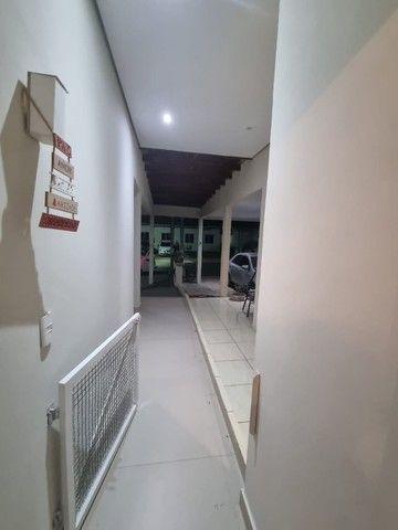 Linda Casa 3/4 ampliada com piscina condomínio Rubi - Foto 17