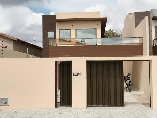Casa Duplex de LUXO no Centro do Eusébio R$ 430.000,00