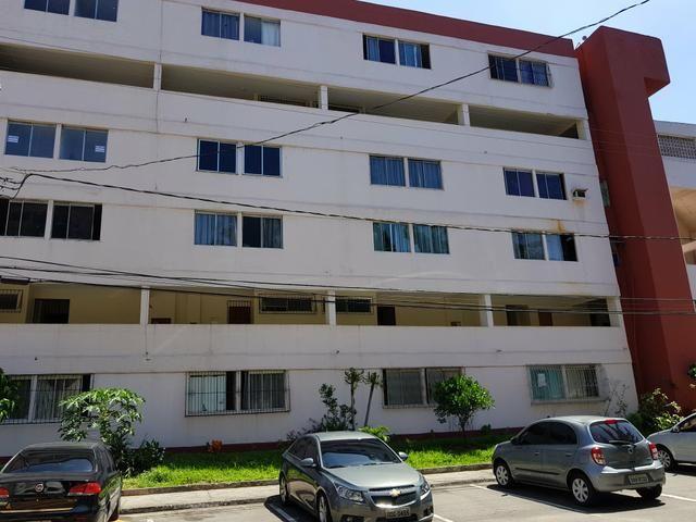 Alugo Apto em Jardim Camburi (Condomínio Atlântica Ville)